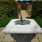 Zonnewijzer in de moestuin van Chartwell het huis van Churchill